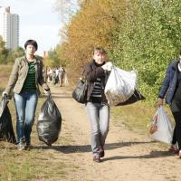 Арифметика акции «Зробім!»: сколько литров мусора убрали волонтёры за год?