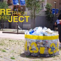 Жительница Петербурга создаёт уличную мебель из пластикового мусора