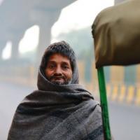 Рикши Дели: «Отравленный воздух нас убивает, но мы не можем бросить работу»