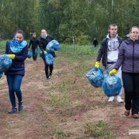 Мусор как билет на «Чистоход»: на Чижовском водохранилище очистили берег и прокатились на кораблике