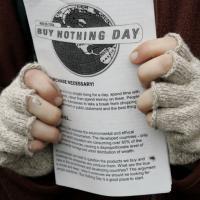 Новый дуализм: Чёрная пятница и День без покупок, шопоголизм и ответственное потребление