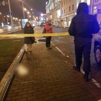 В центре Минска из окна дома выбросили собаку