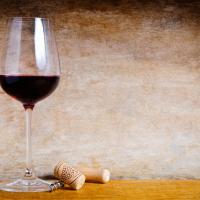Экологическое вино беларусского производства появилось на прилавках супермаркетов Гродно