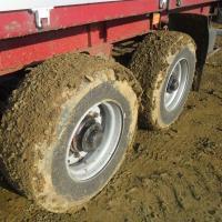 В столице возьмутся за грязные шины на дорогах