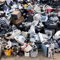 ООН: на свалку выброшено более 40 миллионов тонн электронных отходов