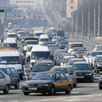 На каком расстоянии от жилых домов должны находиться парковки, СТО и заводы?