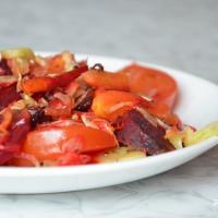 VeganFood: Летні ласунак — запечаны мікс з гародніны
