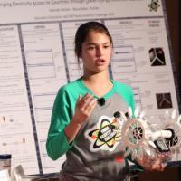Ноу-хау: Школьница придумала бюджетный вариант получения энергии из океана