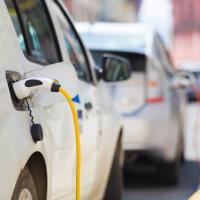 Франция: 10.000 евро за покупку электромобиля