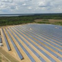 Возле Мяделя заработала крупнейшая в Беларуси солнечная электростанция