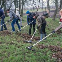 В Минске на уборку дворов вышли более 200 тысяч горожан