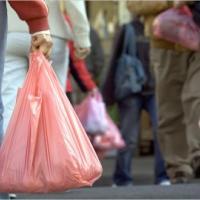 Калифорния отказалась от целлофановых пакетов в магазинах