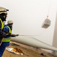 Ветряк в тумане: как строят крупнейший ветропарк в Беларуси